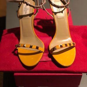 Valentino Garavani strappy studs heels, brand new